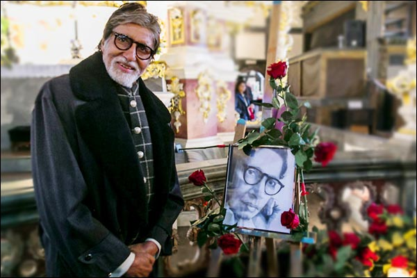 Amitabh becomes emotional with his father honor in Poland