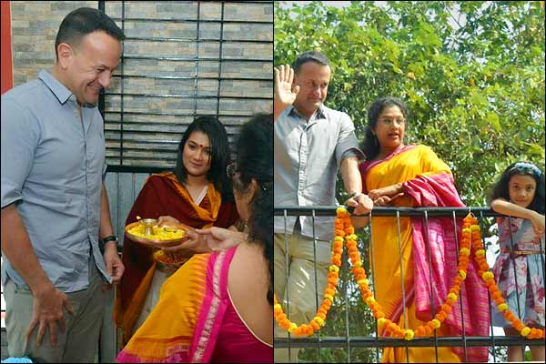PM Leo of Ireland arrives in his native village with family