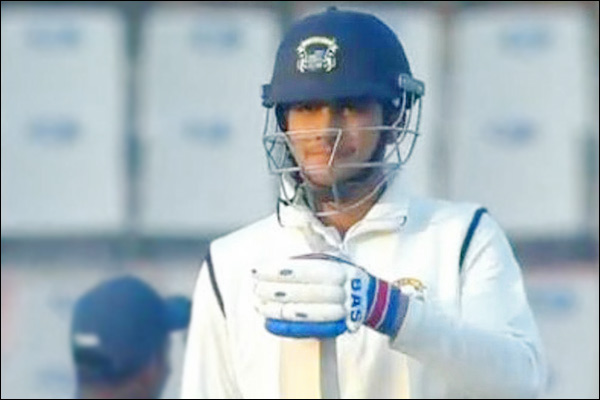 Shubman Gill clashes with umpire after being dismissed in Ranji match
