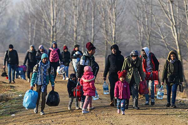 80000 migrants enter Europe from Turkey