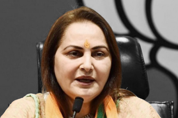 Non-bailable warrant issued against Jayaprada in Code of Conduct violation
