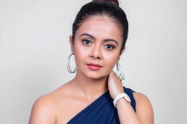 Devoleena Bhattacharjee cook tests positive for COVID-19 actress quarantined for 14 days