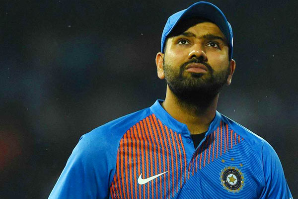 Suresh Raina told this player the next MS Dhoni of the Indian team