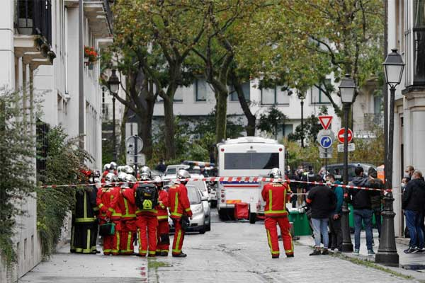 Paris attacker charged with 'attempted terrorist killings'