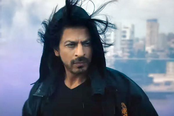 Shah Rukh Khan returns on screen after 2 years in KKR anthem Laphao