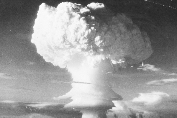 Treaty prohibiting nuclear weapons