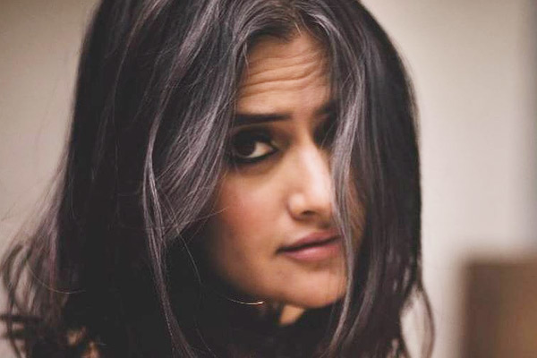 Sona Mohapatra condemns Congress leaders indecent remarks on women