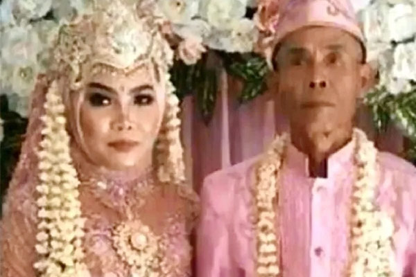 78 Years Old Man Married A 17 Year Old Girl, Now Divorced Her Due To These Reason