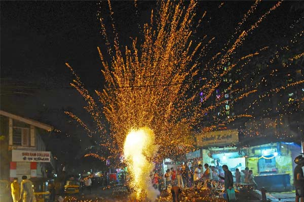 Ban on crackers in Delhi