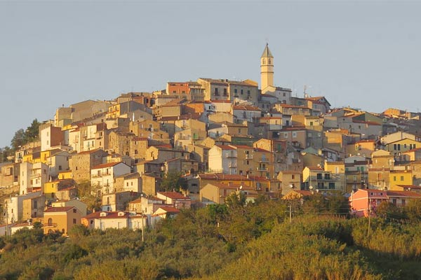 Castropignano became the first village in the world to offer the cheapest house in Italy.