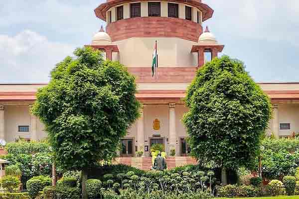Supreme Court Said Delhi Police Should Take A Decision On The Farmers Tractor Rally
