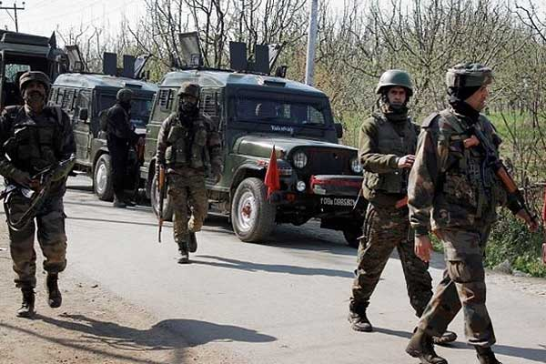 Terrorists attack on road opening party of Indian army in Kulgam