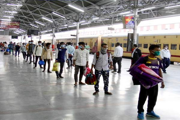 204 Special Local Trains To Be Restarted In Mumbai From January 29