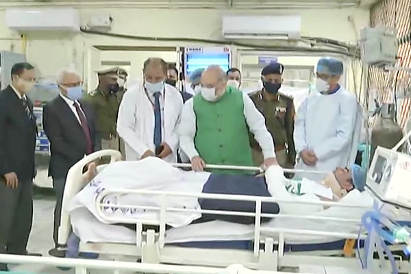 Home Minister Amit Shah meets injured policemen in Delhi Tractor Rally violence