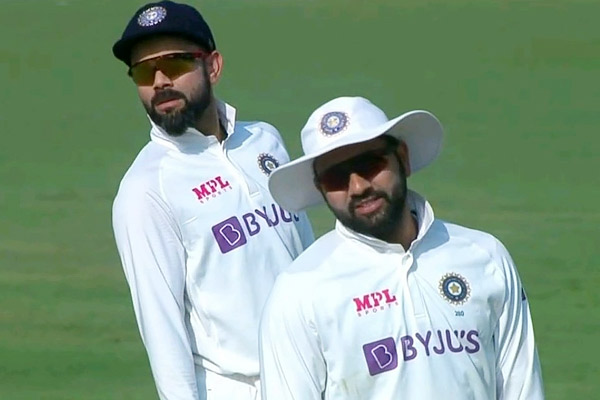 Virat Kohli and Rohit Sharmas picture goes viral on Twitter