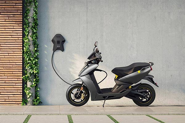 Ather Energy opens retail outlet in Ahmedabad