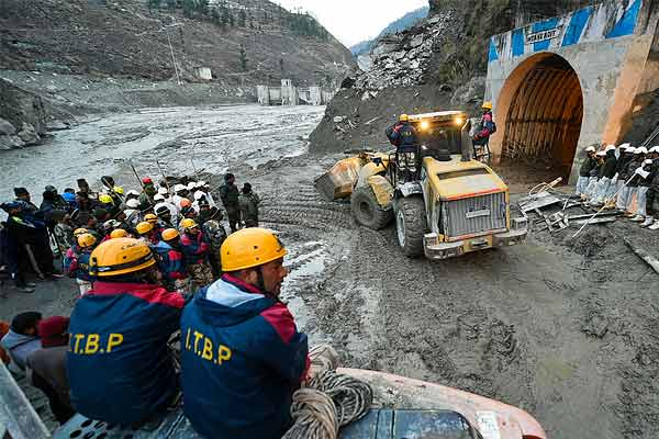 Relief rescue operations continue at Tapovan Tunnel, 32 bodies recovered, 174 missing