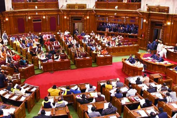 Paperless House proceedings in UP Assembly