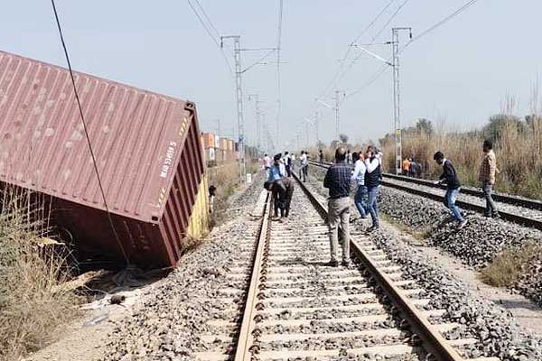 39 railway coaches damaged due to derailment in Narnaul Haryana