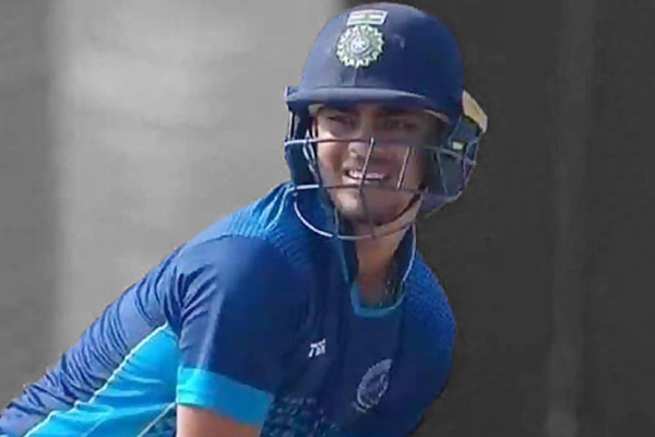 Ishaan Kishan scored 174 runs for Jharkhand with 19 fours and 11 sixes, embarrassing defeat of Madhy