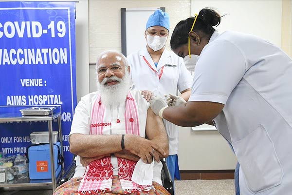 PM Modi Took First Dose Of The COVID 19 Vaccine At AIIMS