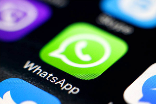 Great feature in Whatsapp, now users can stop their voice before sending video
