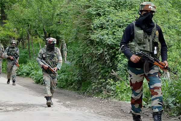 Door to door search operation continues on news of hideout of terrorists in Baramulla