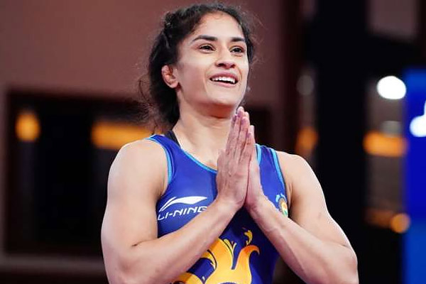 Vinesh Phogat becomes world number one female wrestler again, wins gold