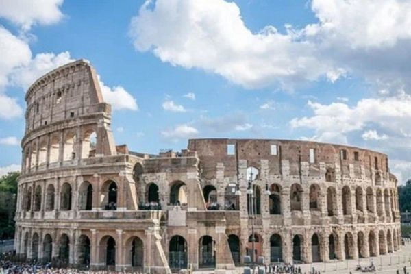 Italian Government Approved A Plan To Furnish Rome Ancient Colosseum