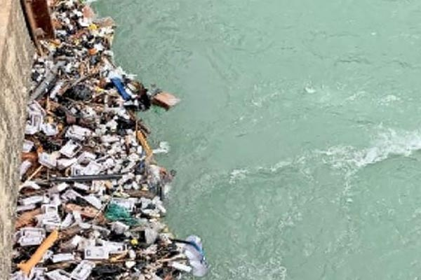 Hundreds of Remdacivir injections found flowing into Bhakra canal