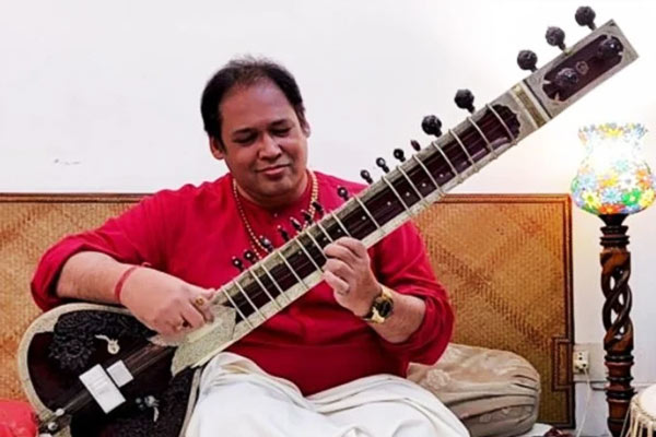 Famous sitarist Prateik Chaudhary dies due to corona infection